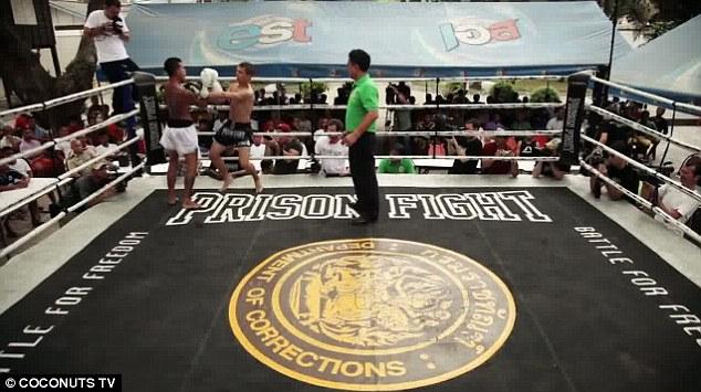Prison Fight1