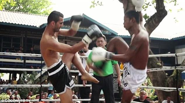 Prison Fight2