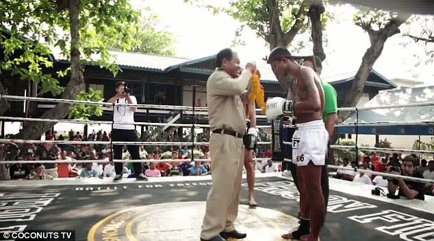 Prison Fight4